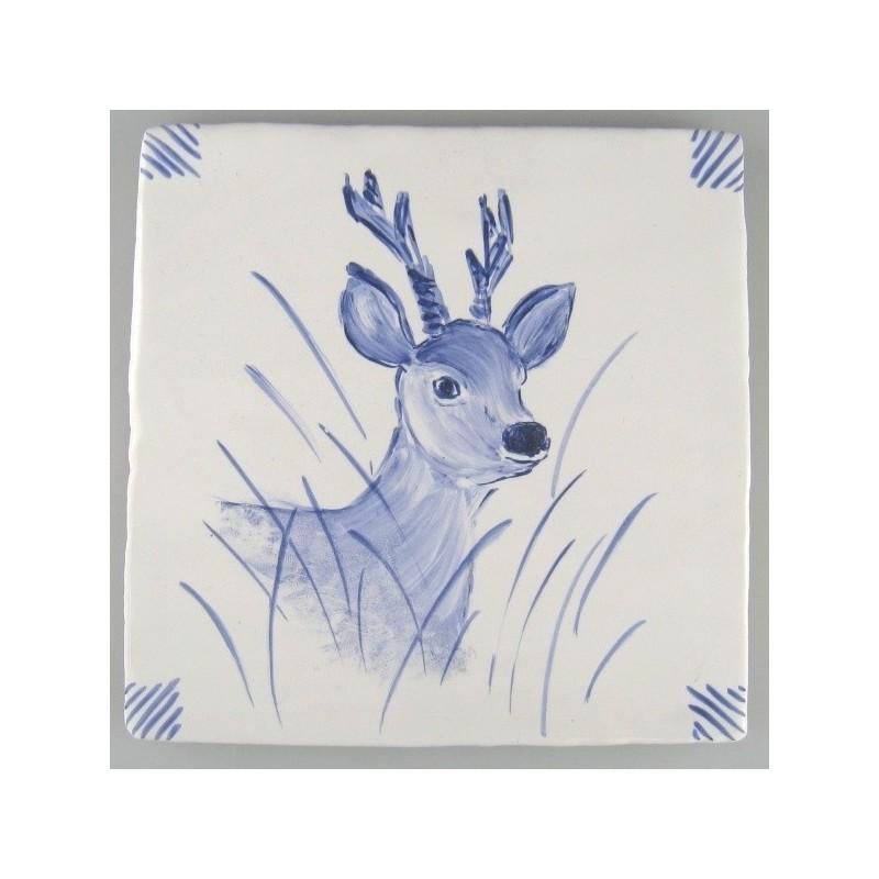 Rådyr - håndmalet dekoration på enkelt flise