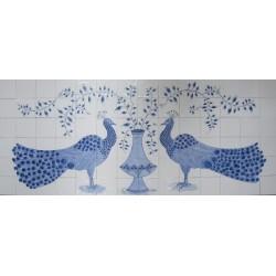 Påfugl - Frise med håndmalede fliser med to påfugle og vase i Nostalgi