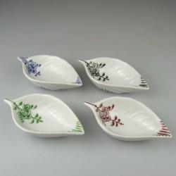 Lille håndmalet skål af porcelæn med Nostalgi-mønster til fingersalt, tapas, appetizers, delikatesser og smagsprøver