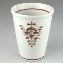 Stort håndmalet kaffebæger i porcelæn (model H) og dekoration Nostalgi