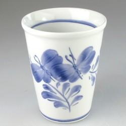 Stort bæger i porcelæn med dekoration Sommerfugl (model H)