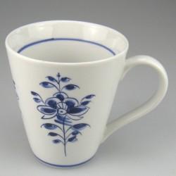 Håndmalet kaffekrus eller tekrus (model E) med dekoration Nostalgi