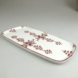 23 x 11,5 cm - Lille serveringsfad / tapasfad i håndmalet porcelæn med bordeaux Nostalgi-mønster