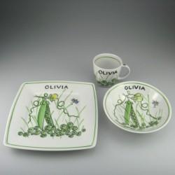 Børnestel / dåbsgave med navn i håndmalet porcelæn med motiv Glade Ærter