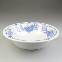 Morgenmadsskål / ymerskål med navn og Sommerfuglemønster i håndmalet porcelæn