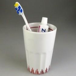 Stort tandkrus i porcelæn med enkel håndmalet græs dekoration (model D)