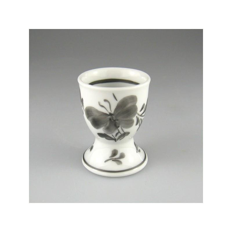 Håndmalet æggebæger i porcelæn med dekoration sort Sommerfugl