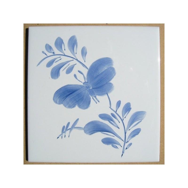 Sommerfugl enkel, venstre - håndmalet dekoration på enkelt flise